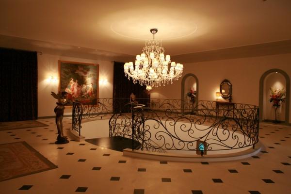 シャンデリア|結婚式場|ピエトラセレーナ