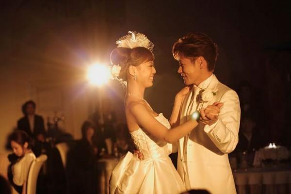 ファーストダンス|結婚式のワンシーン