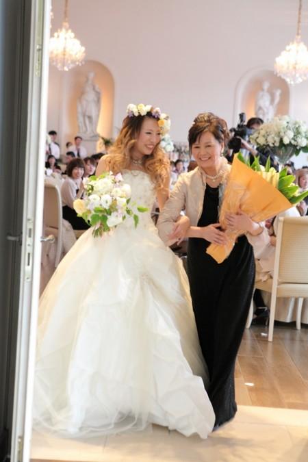 花嫁の中座シーン|お母様と