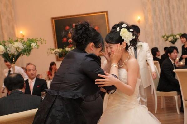 花嫁と母|ピエトラセレーナで結婚式