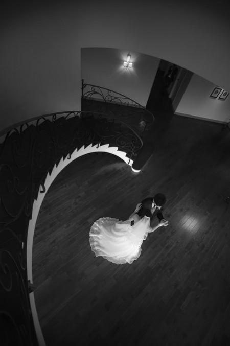 ダンスを踊る新郎新婦様|ピエトラセレーナ