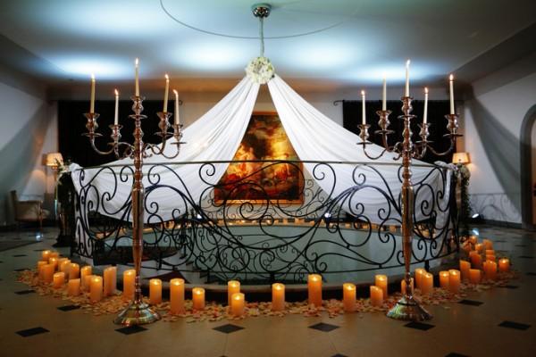 ゴールドのコーディネート|結婚式場|ピエトラセレーナ