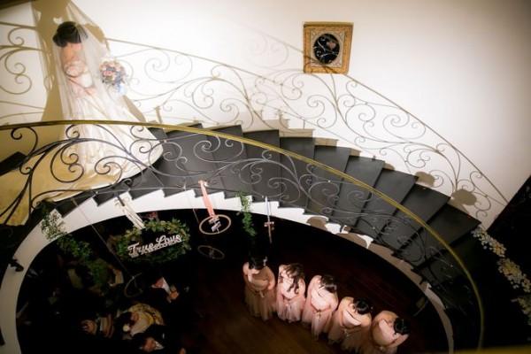 花嫁様と螺旋階段|ピエトラセレーナ